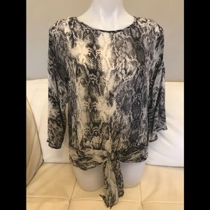 NEW Vince Camuto Snake Print Top
